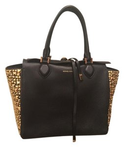 Michael Kors Large Studded Leather Studs Tote in black gold