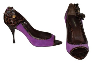 Hollywould Purple and brown Pumps