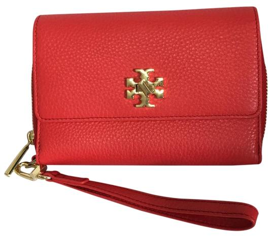 Preload https://img-static.tradesy.com/item/22242979/tory-burch-mercer-smart-phone-bi-ford-red-wristlet-0-1-540-540.jpg