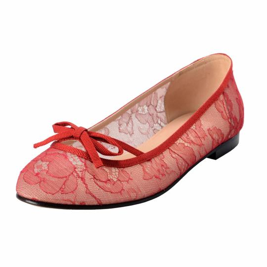 Preload https://img-static.tradesy.com/item/22246650/valentino-red-garavani-women-s-vintage-lace-ballerinas-flats-size-us-85-regular-m-b-0-0-540-540.jpg