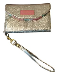 Lilly Pulitzer Phone Wristlet in gold