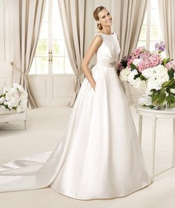 Pronovias Dalila Wedding Dress