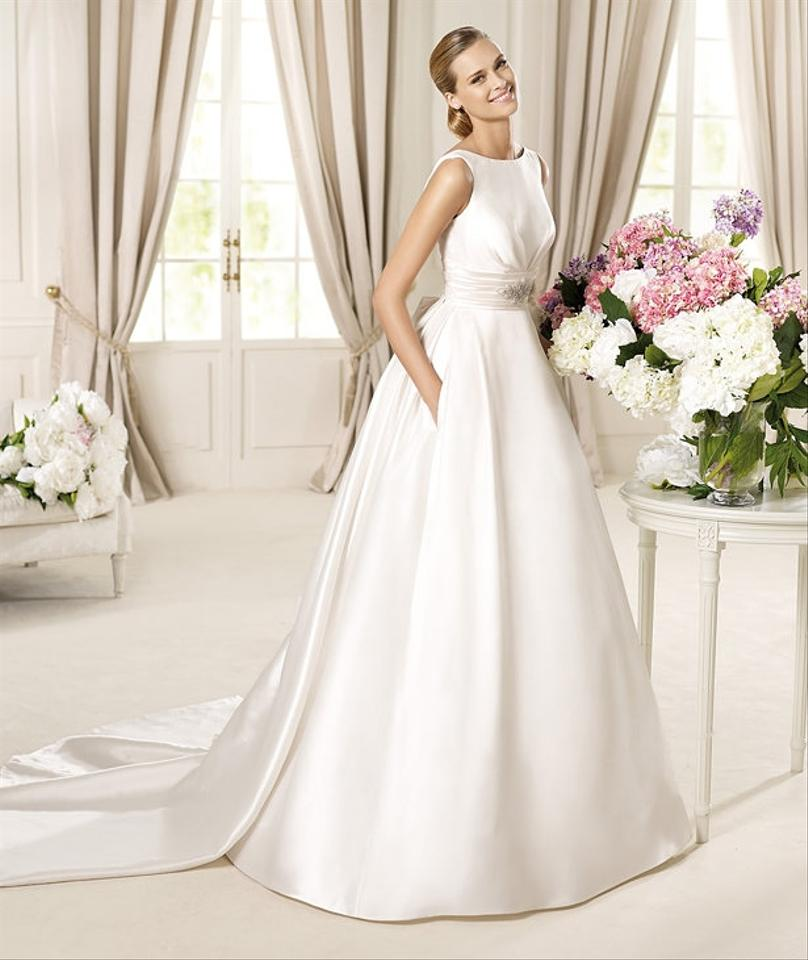 Pronovias Off White Satin Dalila Modern Wedding Dress Size 10 (M ...