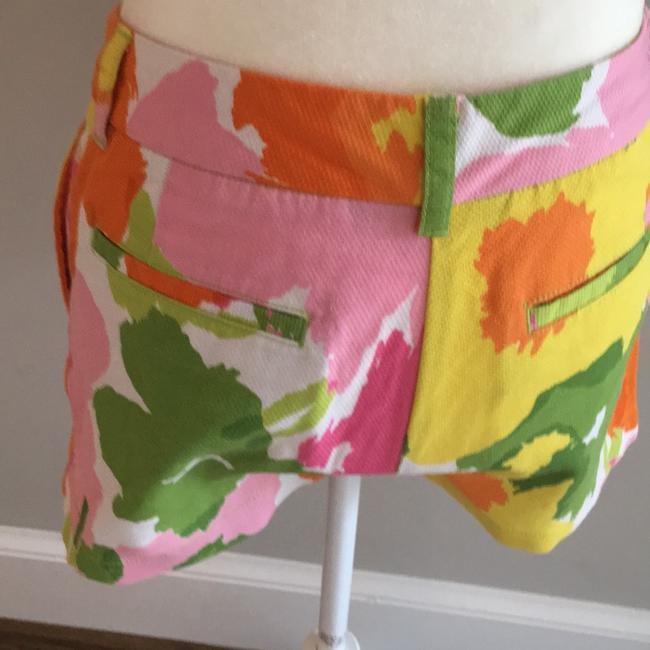 Vineyard Vines Mini/Short Shorts green and pink floral Image 3