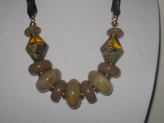 OTHER CHUNKY TORTOISE MARBLE LEATHER STRAP STATEMENT NECKLACE EARRINGS SET Image 3