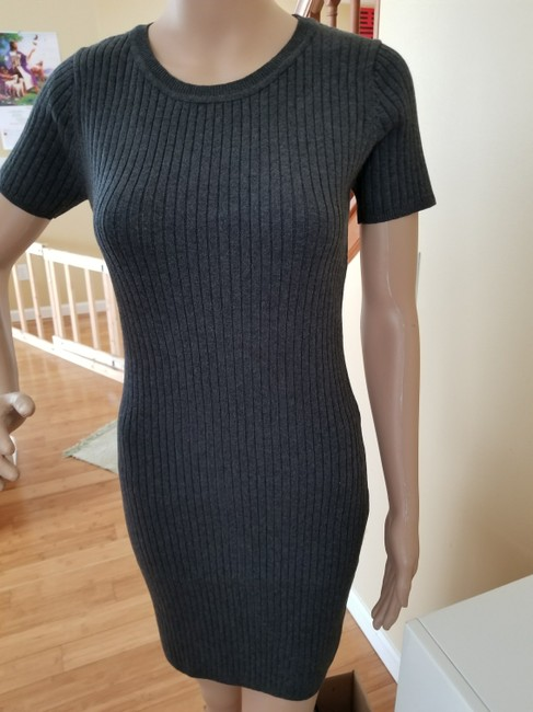Preload https://img-static.tradesy.com/item/22247211/charcoal-new-short-sleeve-cotton-ribbed-midi-us-6-16-short-casual-dress-size-10-m-0-2-650-650.jpg