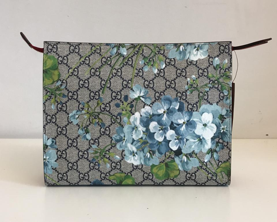 63093f0e719 Gucci Blooms Cosmetic Case Floral Fashion Blue Clutch Image 8. 123456789
