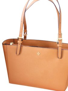 Tory Burch Center Compartment Saffiano Leather Adjustable Handles Buckle Tote in Tan