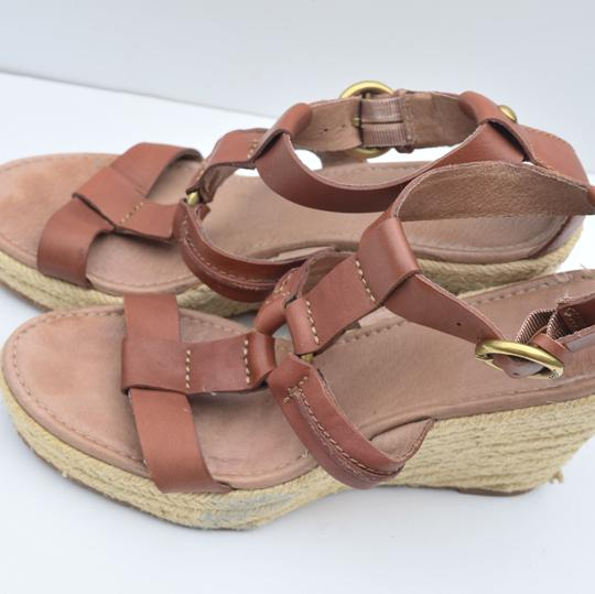 Fossil tan Wedges Image 5