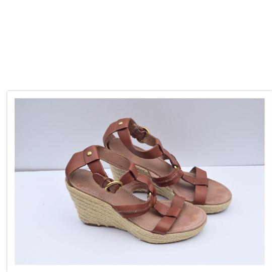 Fossil tan Wedges Image 8