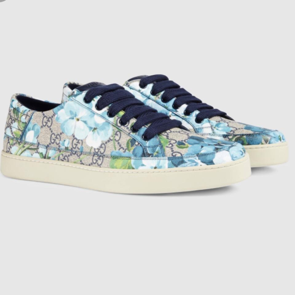 c1f021b4d85 Gucci Blue Blossom Logo and Bloom-print Canvas Trainers Sneakers ...