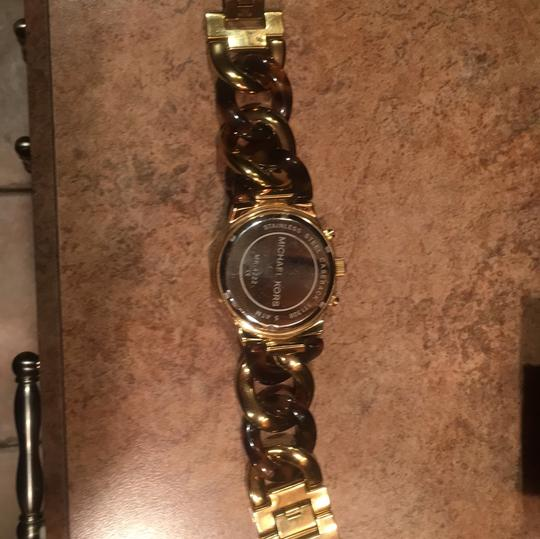 Michael Kors Twisted Gold/Tortoise Watch Michael Kors Image 3