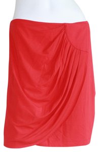 Cache Skirt Red