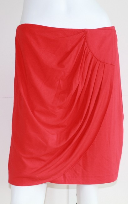 Cache Skirt Red Image 1