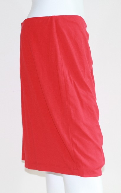 Cache Skirt Red Image 2