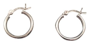 Kay Jewelers Silver hollow small hoops 925