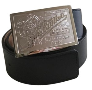 fb76c85a6 Louis Vuitton Belts on Sale - Up to 70% off at Tradesy