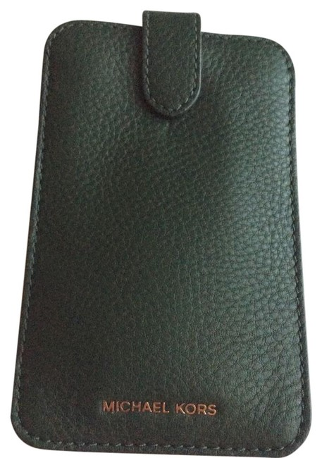 Item - Moss ( Green) New Mk Leather Iphone 6 Sleeve