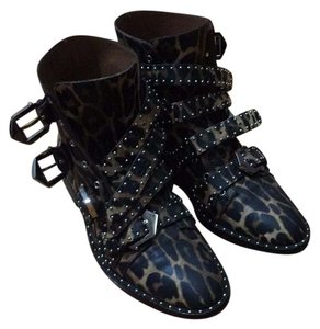 Givenchy leopard Boots