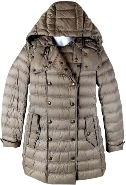 Preload https://img-static.tradesy.com/item/22250309/burberry-brit-military-kaki-valestead-goose-down-quilted-with-detachable-hood-size-8-m-0-1-650-650.jpg