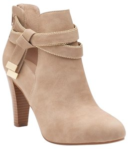8f9d7dc59487 Jennifer Lopez Boots   Booties - Up to 90% off at Tradesy
