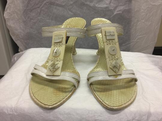 Escada Suede Ivory/Pearl Leather Black Sandals Image 6