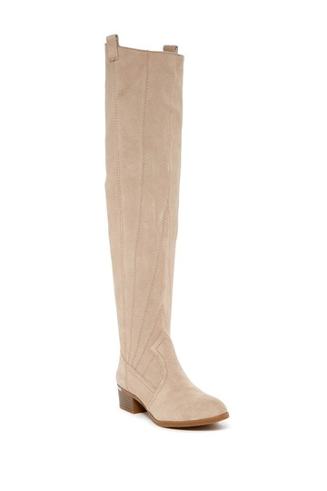 Preload https://img-static.tradesy.com/item/22250907/fergie-beige-tall-suede-bootsbooties-size-us-85-regular-m-b-0-0-540-540.jpg