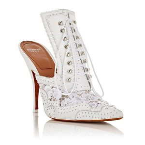 Givenchy white Pumps
