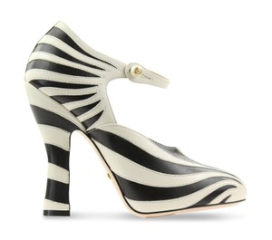 Gucci Mary Jane Lesley Zebra Curved Heel Made In Italy Multicolor Pumps