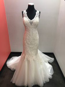 Maggie Sottero Ivory Lace and Organza Chardonnay Vintage Wedding Dress Size 14 (L)