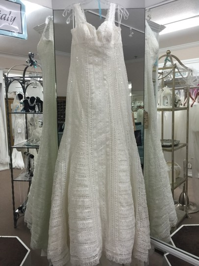Preload https://img-static.tradesy.com/item/2225332/la-sposa-off-white-lace-lael-modern-wedding-dress-size-10-m-0-1-540-540.jpg