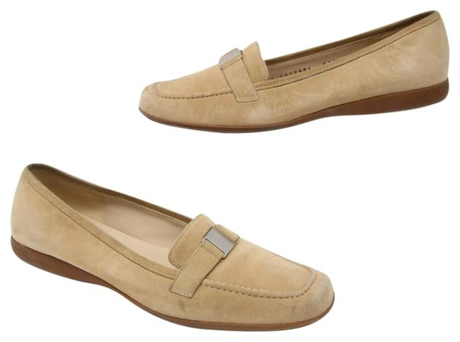 Item - Tan Signature Suede Leather Women's Slip On Loafer Dress C Formal Shoes Size US 5 Wide (C, D)