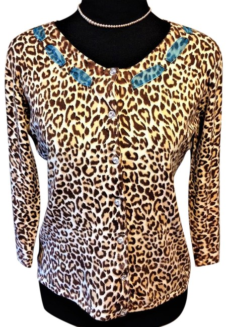Item - Crystal Buttons Aminal Print Sweater