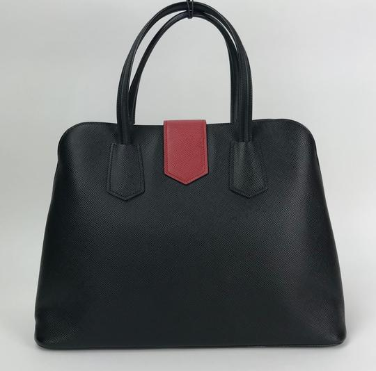 5618c98b17e8 Prada Leather Carryall Leather Satchel Leather Satchel Handbag Tote in  Black red Image 2