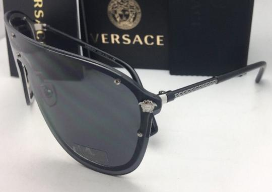 863696e102 Versace New VERSACE Sunglasses VE 2180 1000 87 125 Silver   Black Shield  Frame Image