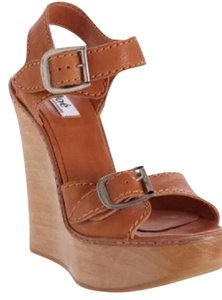 Chlo Rust brown Wedges
