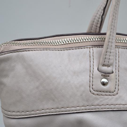 Coach Tote in off white Image 10