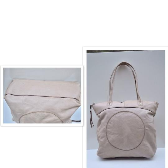 Coach Tote in off white Image 5