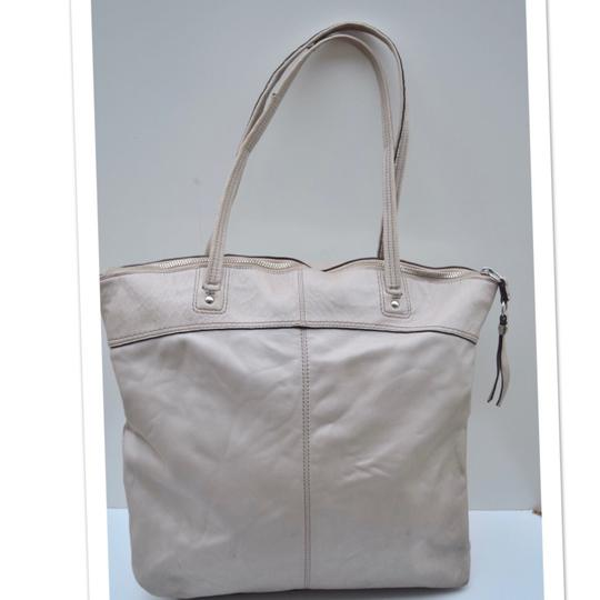 Coach Tote in off white Image 6