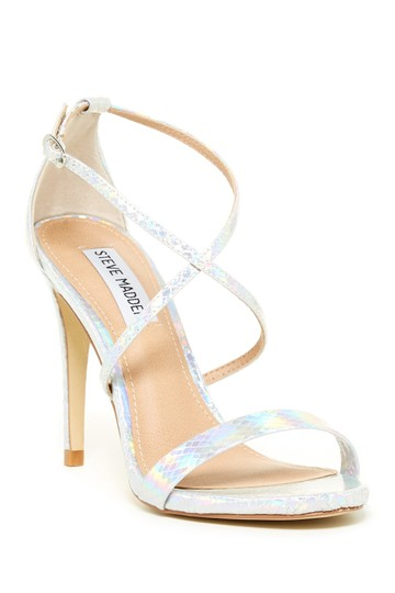 Preload https://img-static.tradesy.com/item/22260587/steve-madden-silver-floriaa-formal-shoes-size-us-9-regular-m-b-0-0-540-540.jpg