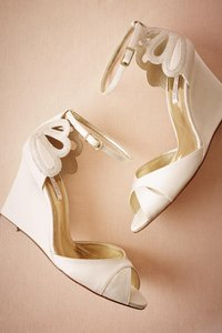 BHLDN Ivory De Mer Formal Wedges Size US 9.5 Regular (M, B)