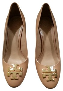 Tory Burch Cream Pumps