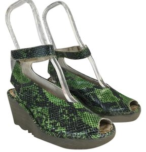 1786b6f759 FLY London Green Snakeskin Yala Snake Print Leather Wedge Sandals ...