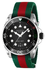 GUCCI GUCCI DIVE WATCH RED AND GREEN NYLON STRAP