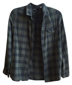 BDG Outfitters Black Olive Button Down Shirt Green