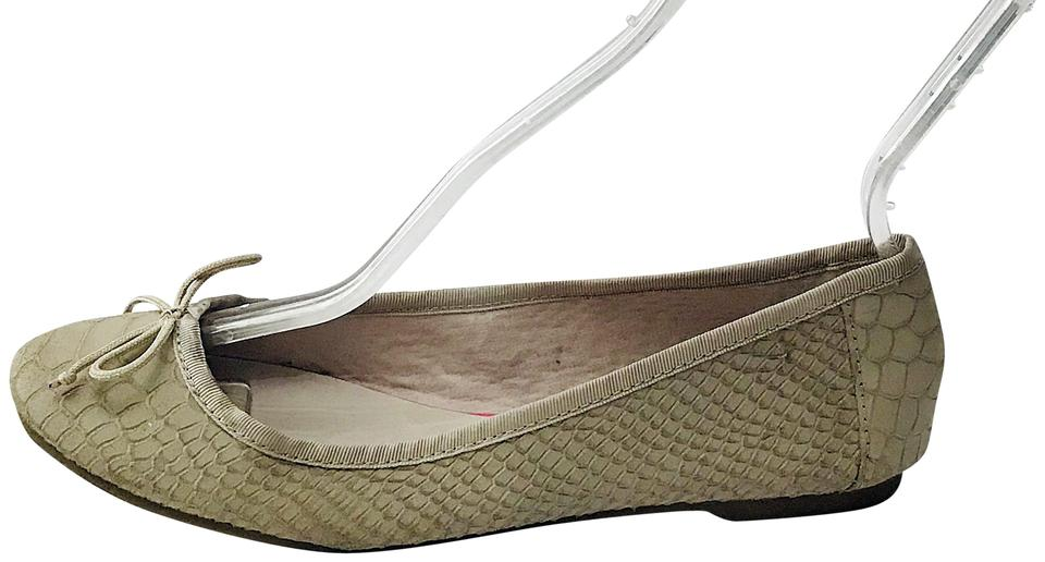 59b483f4b7a Gap Sand Classic Ballet Taupe Gray Leather Embossed Flats Size EU 39  (Approx. US 9) Regular (M, B)