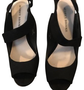604971e2c12 Audrey Brooke Wedges - Up to 90% off at Tradesy