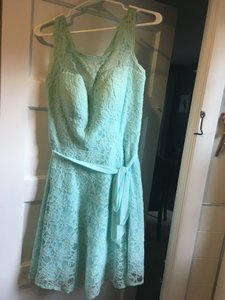 Mori Lee Mint Lace Feminine Bridesmaid/Mob Dress Size 8 (M)