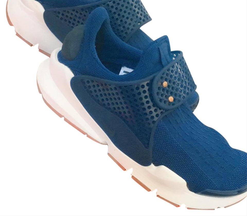 56112d78b35b Nike Coastal Blue Obsidian-sail Sock Dart Sneakers Size US 6 Regular ...