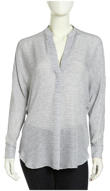 Preload https://item4.tradesy.com/images/vince-charcoal-cable-print-silk-blouse-size-2-xs-22273188-0-1.jpg?width=400&height=650